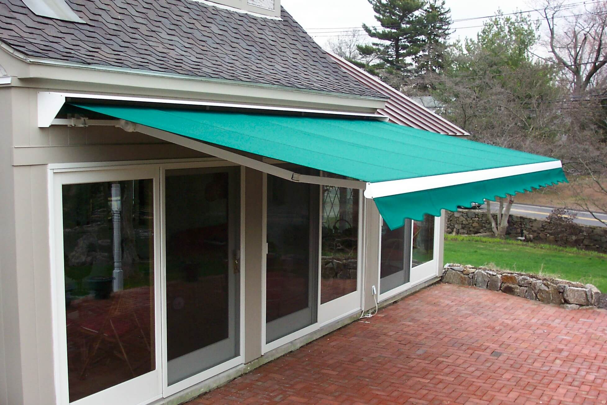 DIY Retractable Awnings: Easy to Install Awnings & Parts