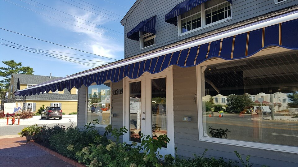 DIY Retractable Blue Striped Awning